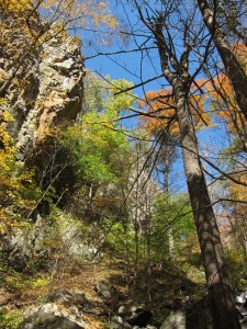 Looking up from the canyon of Little Devil Stairs