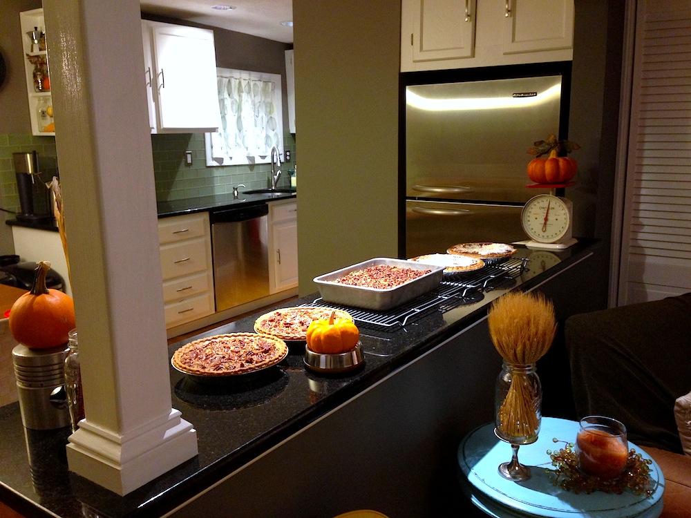 Pies! And a pumpkin crisp cake!