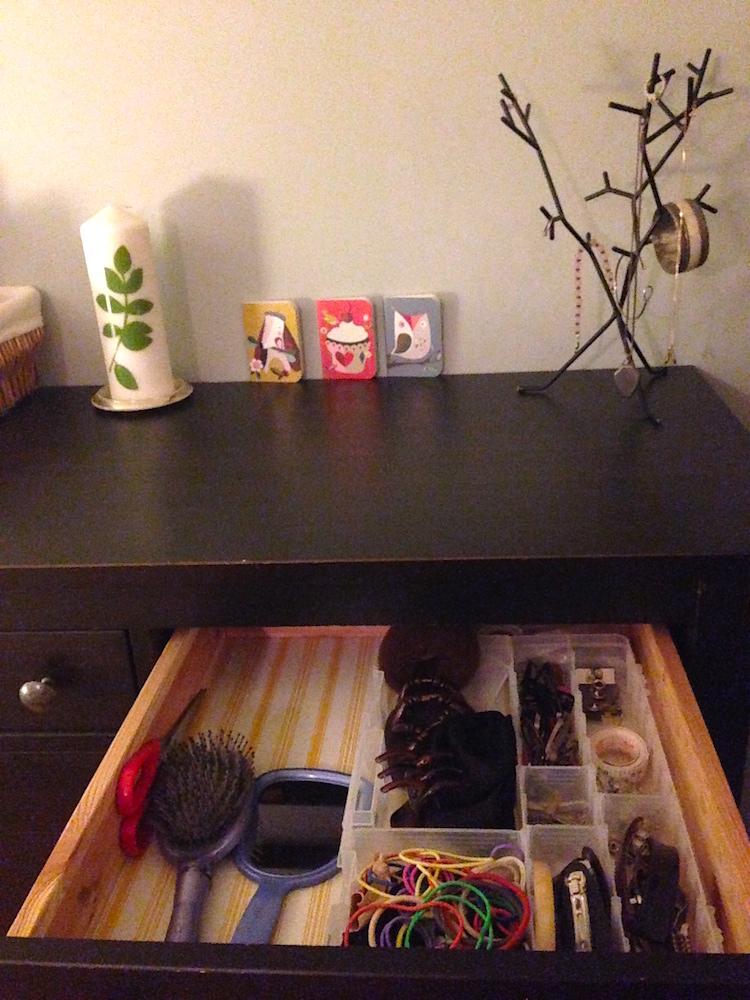 I'm super pleased with my freshly organized dresser drawers