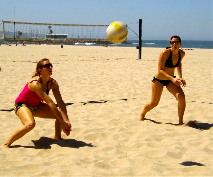 BeachBudget_Volleyball