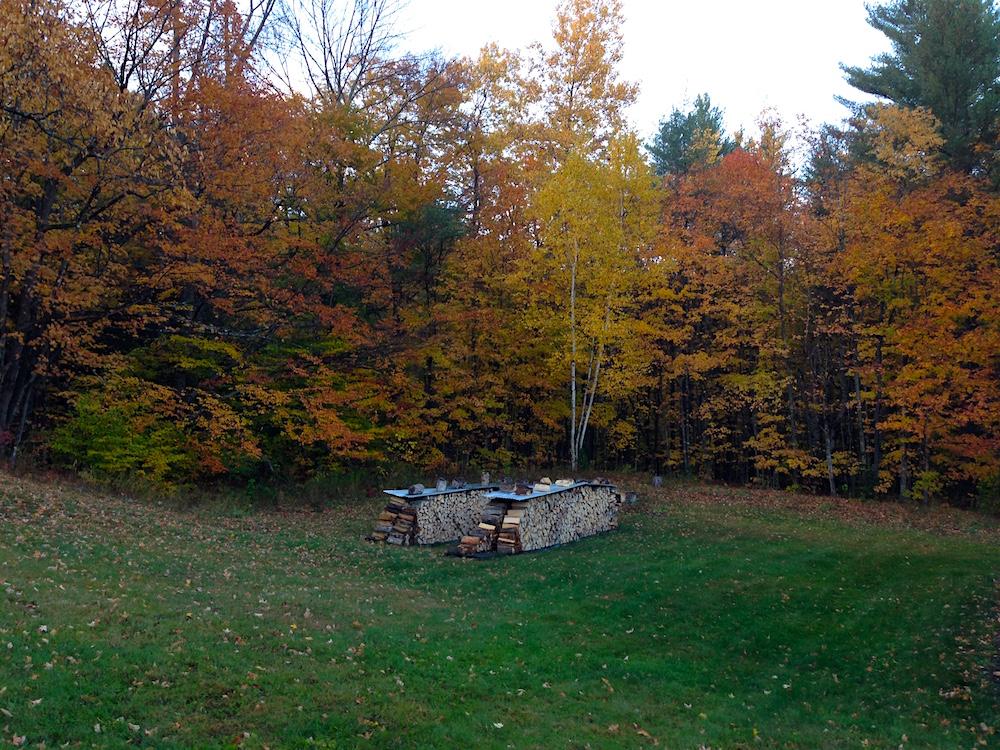 Woodpile represent